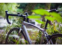 Specialized Allez Road Bike, Pristine Condition, 52 cm Frame, 24 Gears, Includes Calculator, Lights!