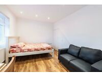 Studio Flat to let with all bills included in Selborn Gardens NW4 4SH