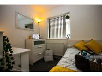 1 bedroom in Langworthy Road, Salford, M6 (#1130658)
