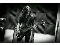 Bass.player