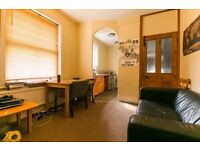 THREE DOUBLE BEDROOM - EFFRA MANSIONS - BRIXTON