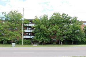 Collingwood 2 Bedroom Apartment for Rent: Inclusive, laundry