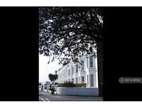 2 bedroom flat in Alexandra Terrace, Exmouth, EX8 (2 bed)