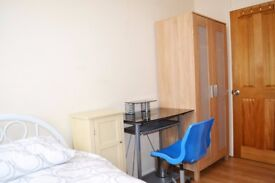 NICE ROOM IN BETHNAL GREEN