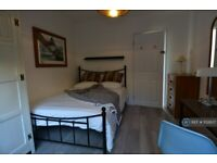 5 bedroom house in Haycombe Drive, Bath, BA2 (5 bed) (#1132637)