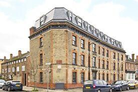 NO AGENCY FEE'S 3 Double Bedroom 3 Bathroom Apartment- Great Access - Canary Wharf - The City
