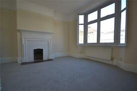 2 bedroom flat in Crouch Hill Mansions, 143 Crouch Hill, Crouch End, N8