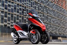 Piaggio MP3 YOUrban / Sport LT 300 IE. Ride it on car licence. SALE! SAVE £799!
