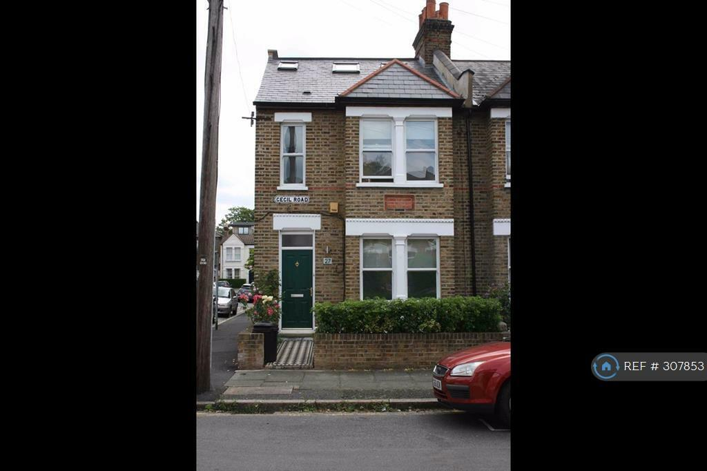 3 bedroom house in Cecil Road, London, SW19 (3 bed)