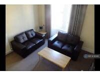2 bedroom flat in Rosemount Viaduct, Aberdeen, AB25 (2 bed)