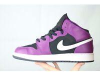 Like New - Nike Air Jordan Size 5 Womens Girls High Top Trainers