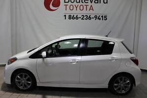 2012 Toyota Yaris *SE  MANUELLE*