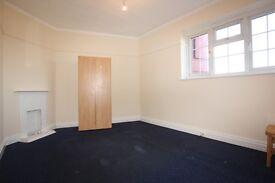 1 bedroom in Station Road, Edgware, HA8