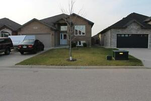 Beautiful home in Sarnia's newest sub-division- The Rapids @...