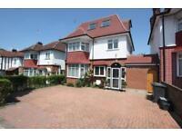 4 bedroom house in Woodlands, Golders Green NW11