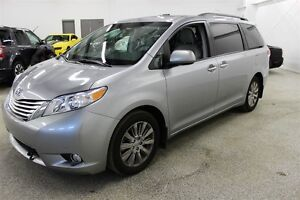 2011 Toyota Sienna Limited AWD - Navi, DVD, Fully Loaded
