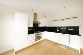 GREAT SPEC 2 DOUBLE BED! UNFURNISHED, 7 MINS WALK TO CENTRAL BALHAM TUBE! £380 PW!
