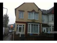 3 bedroom house in Cecil Avenue, Wembley, HA9 (3 bed)