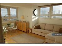 2 bedroom flat in Murray Grove, London, N1 (2 bed)