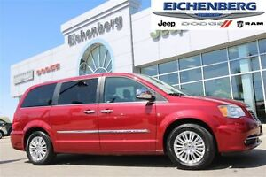 2015 Chrysler Town & Country Limited *NAV&LEATHER*