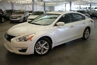 2013 Nissan Altima SV 4D Sedan 2.5 at