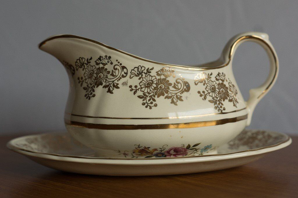 Alfred Meakin 'Golden Posy' Gravy Boat and Under Plate