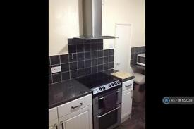 2 bedroom flat in Rochdale Road Blackley, Manchester, M9 (2 bed)