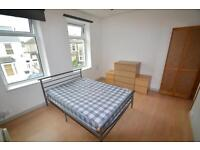 1 bedroom flat in Wyverne Road, Cathays, Cardiff