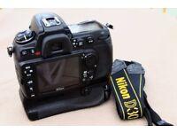 Nikon D300 & Battery Grip