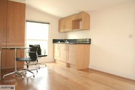 VERY MODERN STUDIO CLOSE TO WEST HAMPSTEAD TUBE