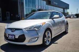 2012 Hyundai Veloster TECH PACKAGE / FUN TO DRIVE / READY TO GO!