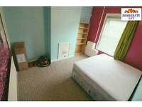 All inclusive **** double room to rent in town area £480 pcm