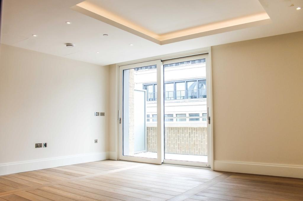 2 bedroom flat in 190 Strand, Milford House, WC2R