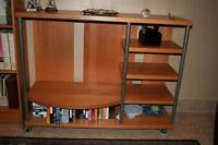 Meuble télé avec étagères / TV unit with shelves