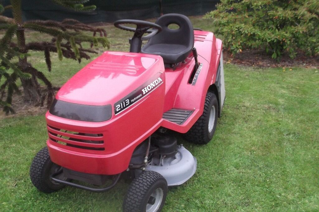 honda 2113 lawn tractor lawn mower ride on lawnmower for sale armagh area in armagh county. Black Bedroom Furniture Sets. Home Design Ideas