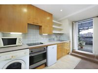Stunning Apartment With Private Roof Terrace In Heart Of Tooting Broadway