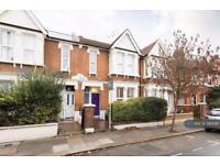2 bedroom flat in Bollo Bridge Road, London, W3 (2 bed)