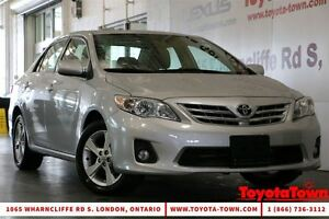 2013 Toyota Corolla LE PREMIUM WITH NAVIGATION AND POWER DRIVER