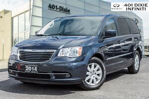 2014 Chrysler Town & Country Touring Pkg! Rear Cam & Power Slidi
