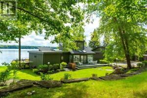 3209 SANDY POINT (FIRE ROUTE 50) ROAD Lakefield, Ontario