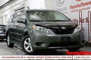 2013 Toyota Sienna LE 8 PASSENGER DUAL POWER SLIDING DOORS London Ontario image 1