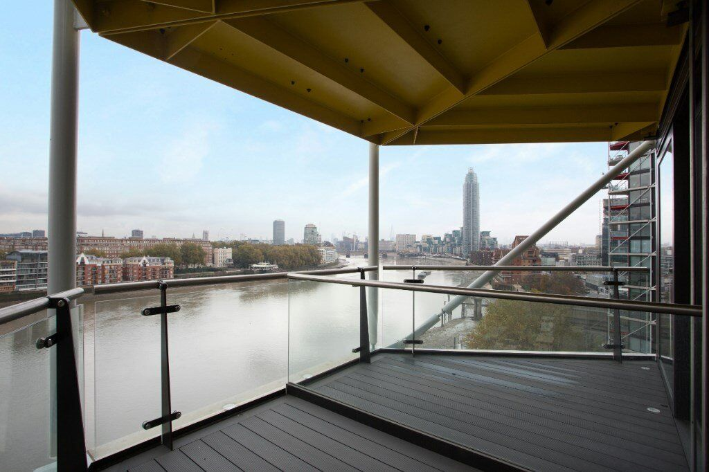 LUXURY 3 BED 2 BATH APARTMENT IN RIVERLIGHT QUAY WITH SECURE PARKING NINE ELMS! VAUXHALL BATTERSEA