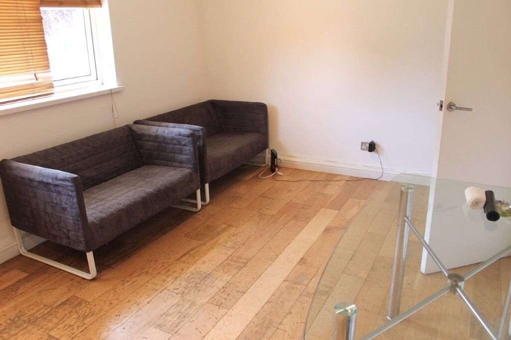 Purpose built 2 bedroom flat available 05/12 in Haringey