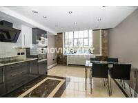 2 bedroom flat in Building 45, Hopton Road, Royal Arsenal