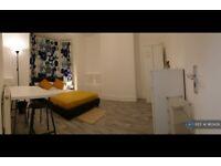 1 bedroom in Dunluce Street, Liverpool, L4 (#963426)