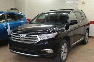 2013 Toyota Highlander SPORT  4WD SPORT PACKAGE , BLUETOOTH , TO