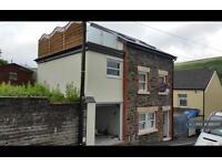3 bedroom house in Brook Street, Ferndale, CF43 (3 bed)