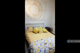 1 bedroom in Buchanan Gardens, London, NW10 (#1094326)