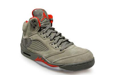 Dettagli su Da Uomo Nike Air Jordan 5 Retro 136027 051 Scuro Stucco Fiume Roccia Scarpe da ginnastica Rosso mostra il titolo originale