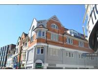 Studio flat in Lorne Park Road, Bournemouth, BH1